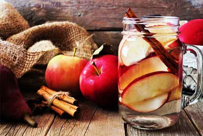Apple Cinnamon Detox Drink