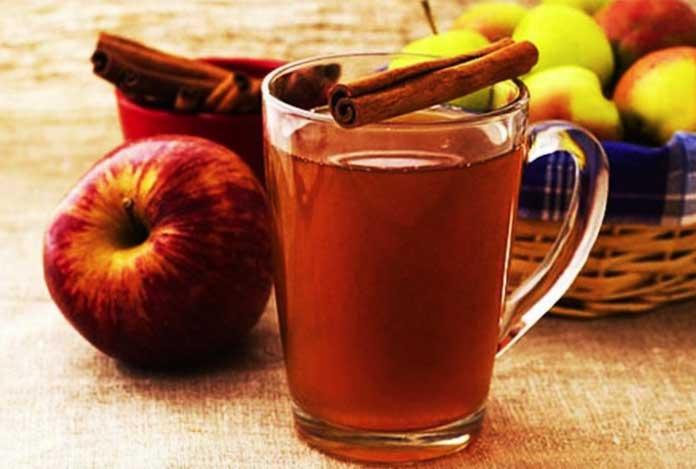 Lemon or Apple Cider Vinegar Detox Water