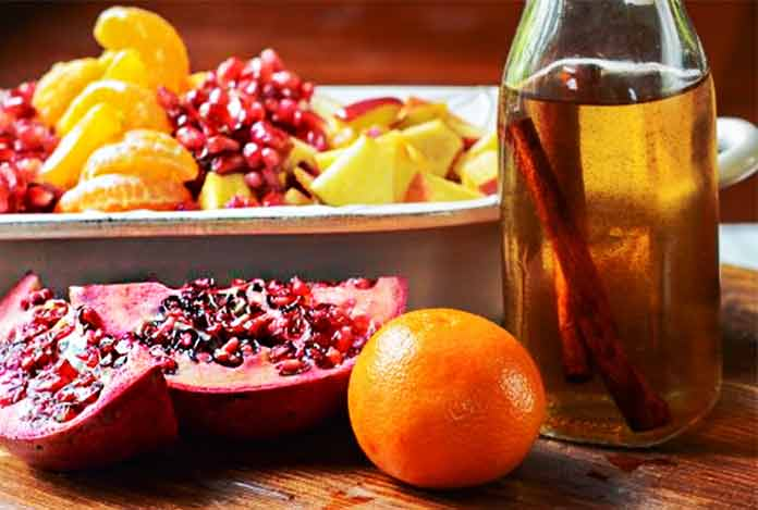 Orange Pomegranate Cinnamon Detox Water