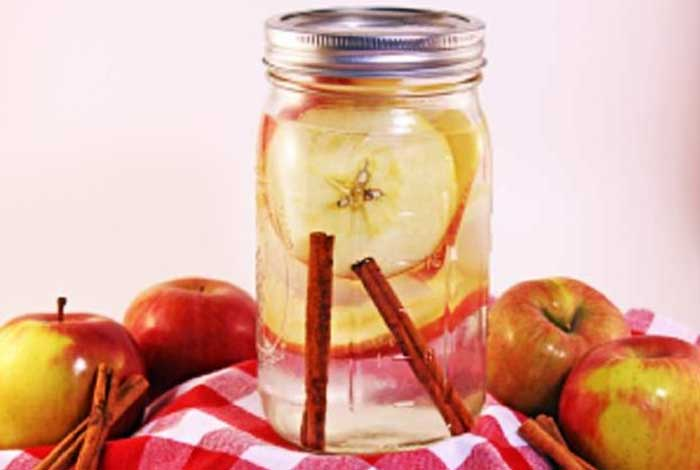 apple spice detox water