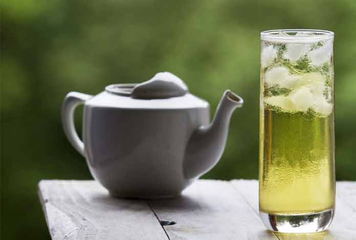 Drink green tea for reduce belly fat
