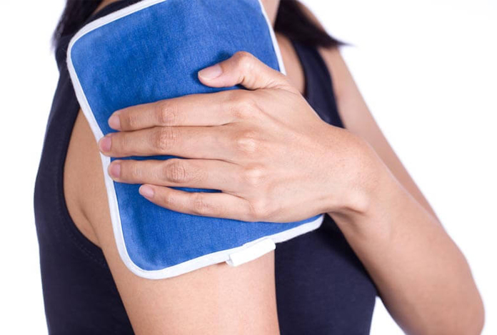 Hot and Cold Compresses for Joint Pain