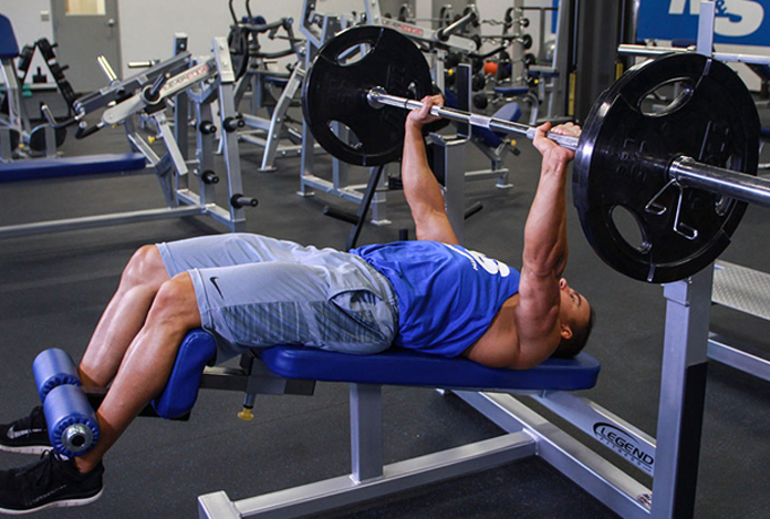 Bench Press for Building Your Chest Muscles