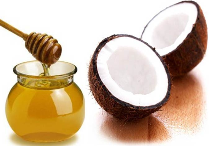 Coconut oil for Treat your damaged hair