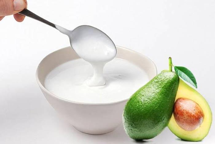 avocado and yogurt mask