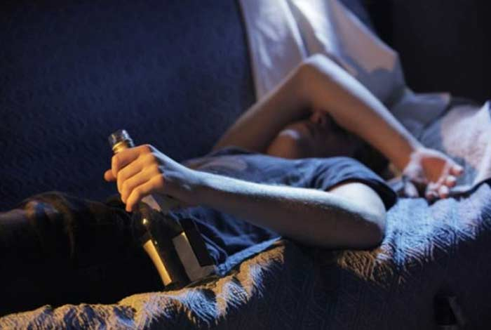 association between alcohol and sleep quality